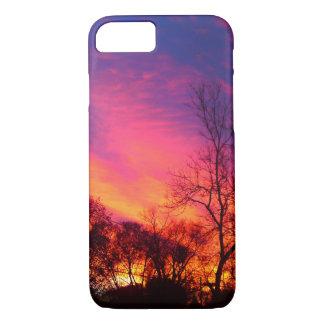 Caja ardiente del cielo de la puesta del sol funda iPhone 7
