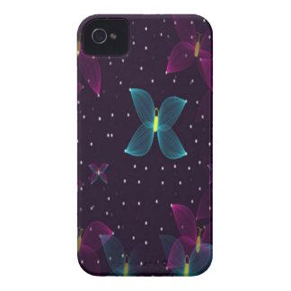 Caja azul púrpura de la mariposa de la noche Case-Mate iPhone 4 cobertura