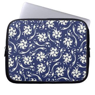 Caja azul y poner crema del ordenador portátil de  manga portátil