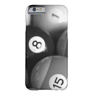 Caja blanco y negro del iphone 6 de los billares funda de iPhone 6 barely there