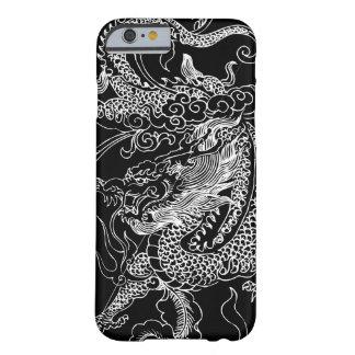 Caja blanco y negro del iPhone 6 del dragón Funda De iPhone 6 Barely There