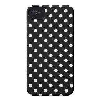 Caja blanco y negro del iPhone del lunar Case-Mate iPhone 4 Cárcasas