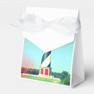 Caja clásica del favor del faro cajas para detalles de boda