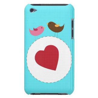 Caja de iPod de los pájaros del amor Barely There iPod Carcasas