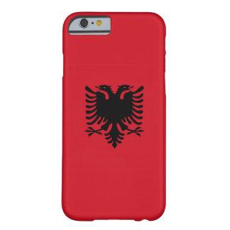 caja de la bandera de país de Albania Funda De iPhone 6 Barely There