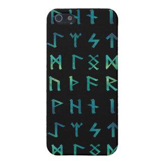 Caja de la mota de las runas de Viking iPhone 5 Carcasas