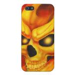 Caja de la mota del cráneo del fuego iPhone 5 fundas