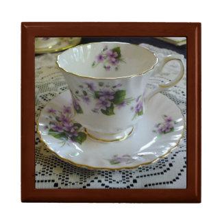 Caja de la taza de té de las violetas de la reina  joyero cuadrado grande