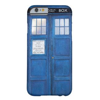 Caja de llamada divertida azul de la cabina de funda de iPhone 6 barely there