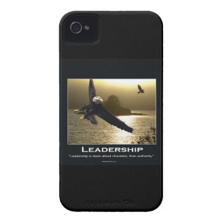 Caja de motivación de Blackberry del cuervo de iPhone 4 Cárcasa