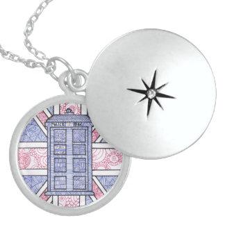 Caja de policía británica y bandera de Union Jack Collar Redondo