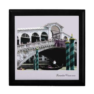 Caja de regalo - color del puente de Rialto en bla