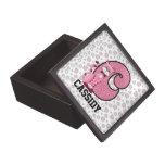 """Caja de regalo con monograma de """"C"""" del gato rosad Caja De Regalo De Calidad"""