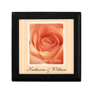 Caja de regalo del recuerdo de la fecha del boda d