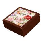 caja de regalo floral colorida