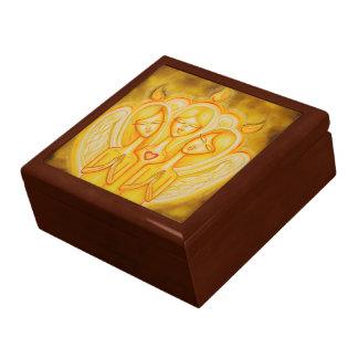 Caja de regalo grande del fuego angelical