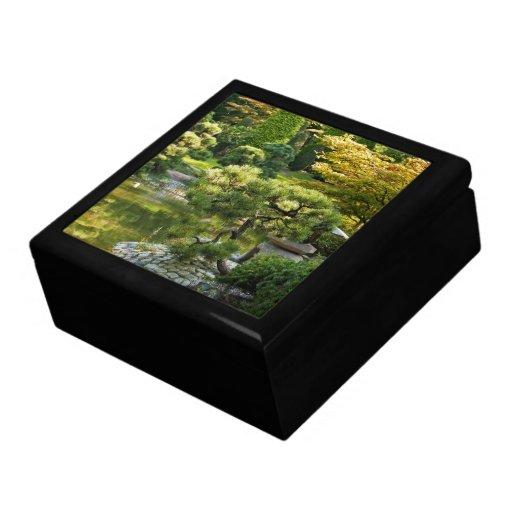 Caja de regalo japonesa del jardín