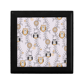 Caja de regalo moderna de los búhos