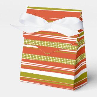 Caja de regalo rayada verde oliva del naranja y de cajas para regalos de fiestas