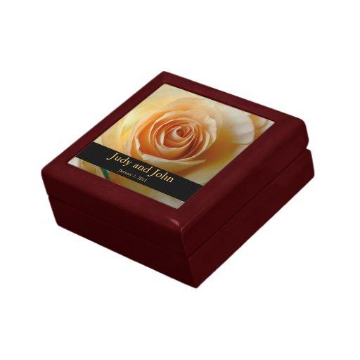 Caja de regalo subió albaricoque personalizada de