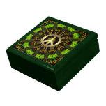 Caja de regalo verde de la joyería de la paz de la