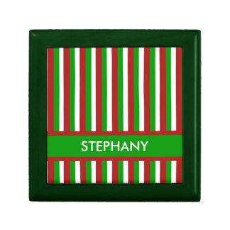 Caja de regalo verde de las rayas del navidad