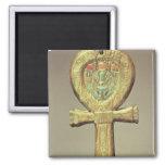 Caja del espejo bajo la forma de ankh imán de nevera