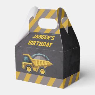 Caja del favor de la fiesta de cumpleaños del tema cajas para regalos