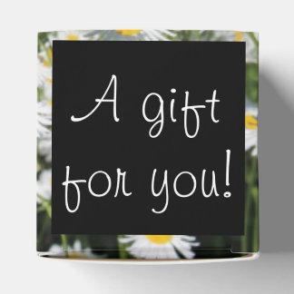 Caja del favor de la margarita cajas para regalos de boda