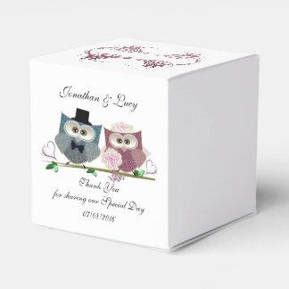Caja del favor del corazón con arte lindo de los cajas para regalos