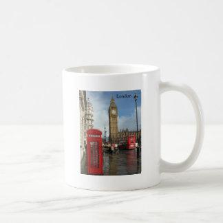 Caja del teléfono de Londres Big Ben (por St.K) Tazas