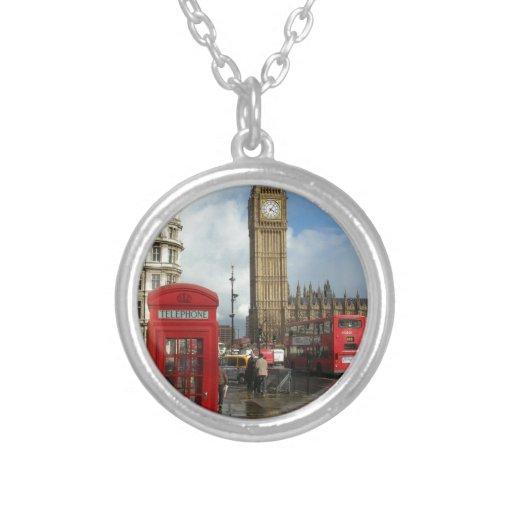 Caja del teléfono de Londres y Big Ben (St.K) Colgante Redondo