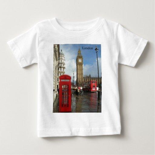 Caja del teléfono de Londres y Big Ben (St.K) Playera De Bebé