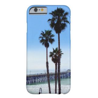 Caja del teléfono del embarcadero de San Clemente Funda De iPhone 6 Barely There
