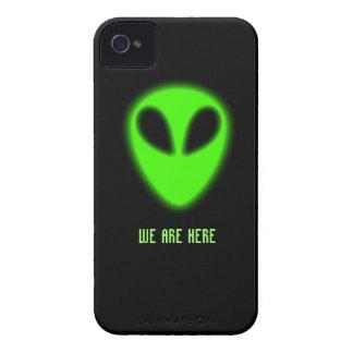 Caja extranjera verde que brilla intensamente iPhone 4 Case-Mate cárcasa