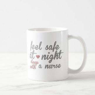 Caja fuerte de la sensación tazas de café