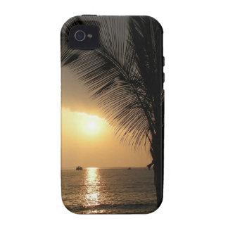 Caja hawaiana de la casamata de la puesta del sol iPhone 4 fundas