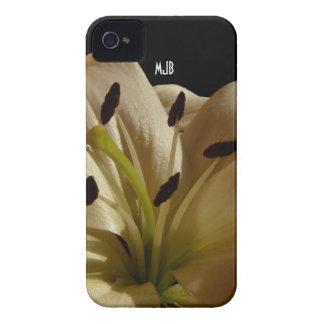 Caja intrépida de Blackberry de la flor del lirio Case-Mate iPhone 4 Cobertura