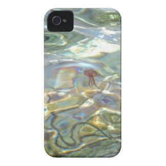 Caja intrépida de Blackberry de las medusas iPhone 4 Protector