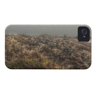 Caja intrépida del prado de la galaxia de niebla h Case-Mate iPhone 4 carcasa