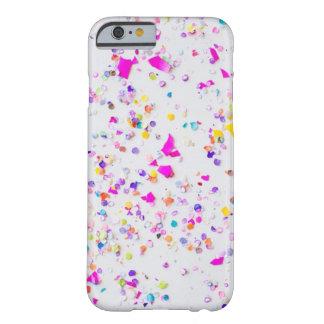 Caja linda del teléfono del confeti funda barely there iPhone 6