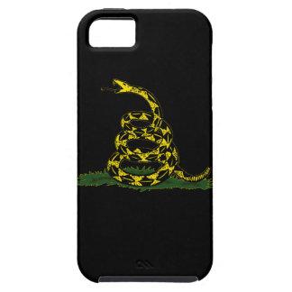 caja negra de la casamata de la bandera de Gadsden iPhone 5 Carcasas