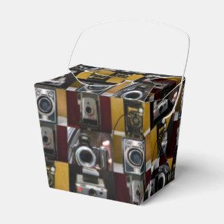 Caja para llevar del favor del collage de la cajas para regalos de boda