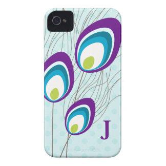 Caja púrpura de Blackberry del monograma del pavo Funda Para iPhone 4 De Case-Mate