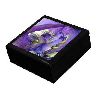 Caja púrpura de la baratija del joyero de la flor  cajas de recuerdo