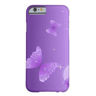 Caja púrpura del teléfono de la mariposa funda para iPhone 6 barely there