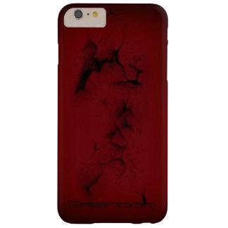Caja roja del iPhone del decaimiento del monograma Funda Para iPhone 6 Plus Barely There