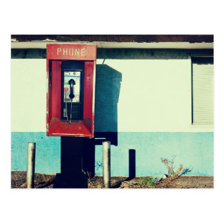 Caja roja vieja del teléfono del teléfono tarjeta postal