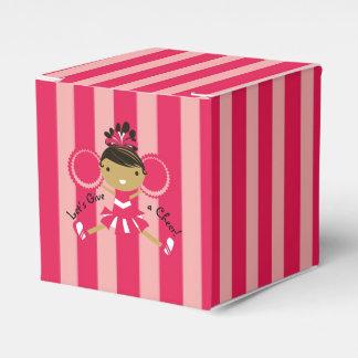 Caja rosada del favor del cuadrado del fiesta de