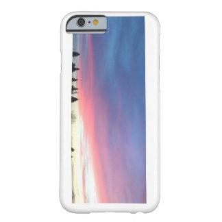 Caja rosada del teléfono del cielo funda barely there iPhone 6